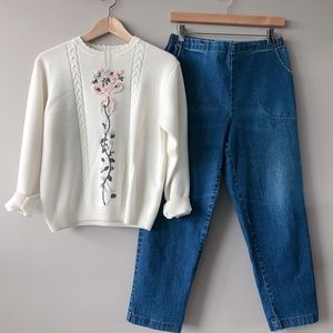 Embroidered floral knit sweater off-white medium